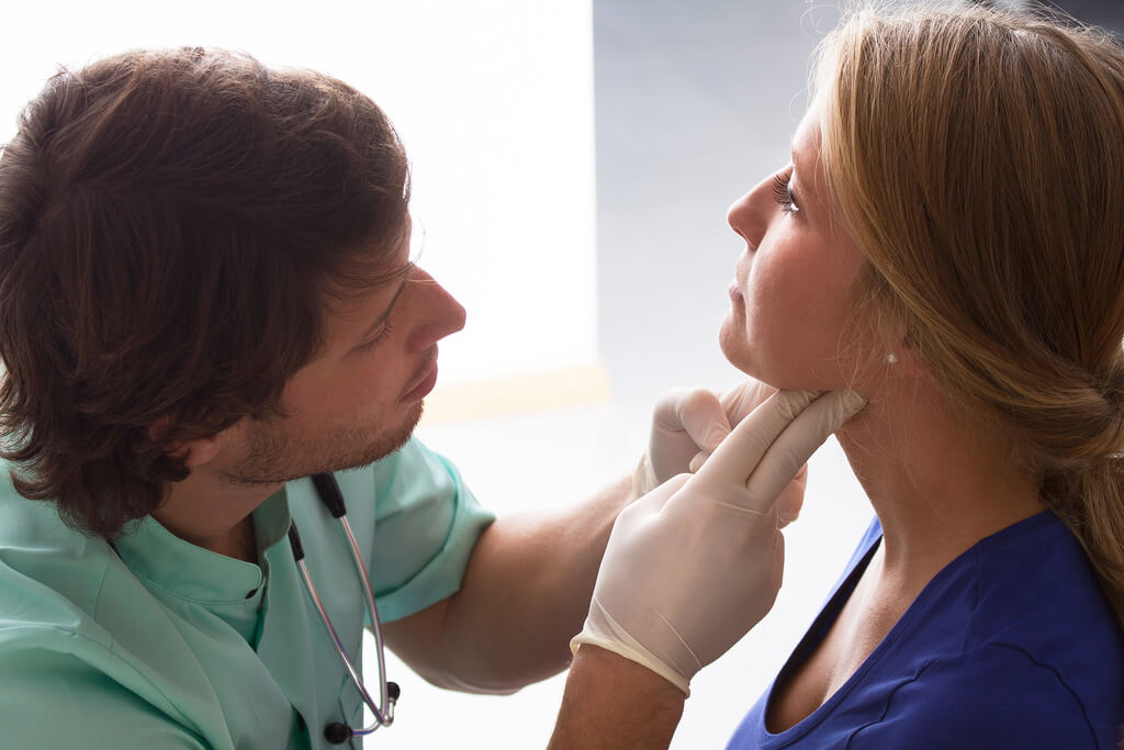 Symptoms of Throat Cancer - A Pharmacist On Acne